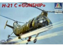 ITALERI-1-72-H-21-C-2--GUNSHIP---1203--DISC-46