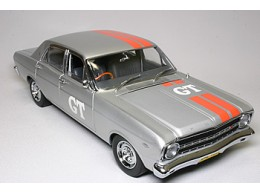 12842_18071_1967_Ford_Falcon_XR_GT_Promotional_veh