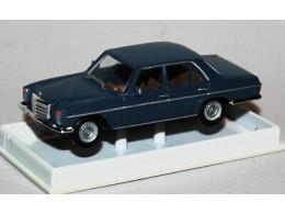187-Brekina-23517-Mercedes-Benz-280-E-8-Limousine-